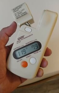 PiPeer 254 Digital Finger Blood Pressure Monitor Made in Japan Very Rare 1 Day!