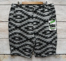 4c14e600a1 Plugg Mens Size Large Tonal Grey & Black Design Fleece Knit Sweat Shorts New