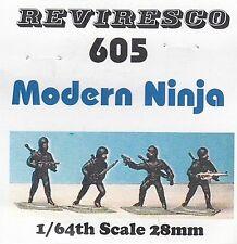 Ninja mit moderner Bewaffnung - 5 Zinnfiguren - 28mm - 1:64 - neu OVP