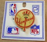 New Vintage 1985 MLB Baseball New York NY Yankees Metal Hat Lapel Pin Pinback