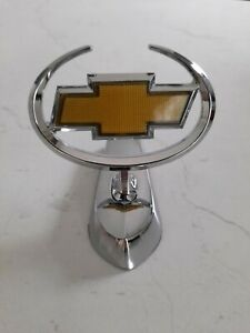 Chev badge bonnet  , die cast steel , Brand new suit badge collector