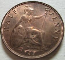 1933 Great Britain Half Penny Coin. RED UNC 1/2 CENT (W1554)