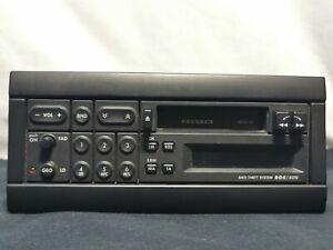 AUTORADIO cassette Peugeot PU-9833A 1993