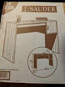 Sauder Collection 1 Drawer Comp Desk w/American Oak Finish LWH 40³/⁴x15¹/²x28¹/⁴