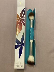 BNIB Tropic Eco Artist Precision Face Brush Dual-ended Highlighter Blend