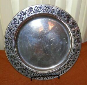 "Wilton Armetale Pewter 14 1/4"" Serving Platter/Chop Plate in the Reggae Pattern"