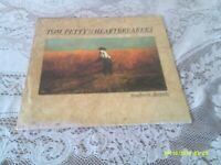 TOM PETTY AND THE HEARTBREAKER. SOUTHERN ACCENTS. MCA. 1985. FIRST PRESSING.