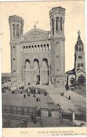 69 - cpa - LYON - Façade de l'église de Fourvière