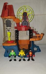 Fisher Price  Imaginext Monsters Playset Minfigure Castle Wizard Tower