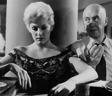 Kim Novak & Otto Preminger UNSIGNED photo - C7 - The Man With the Golden Arm
