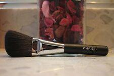 CHANEL powder Contour Brush #2 ANGLED POWDER BRUSH PINCEAU POUDRE BISEAUTe