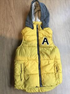 Boys Yellow & Grey Hooded Gilet Body Warmer By H&M Age 8-9-10 Years
