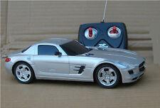 MODELLINO AUTO SCALA RADIOCOMANDO 1:20 Mercedes SY323-1 Batterie ricaricabili A