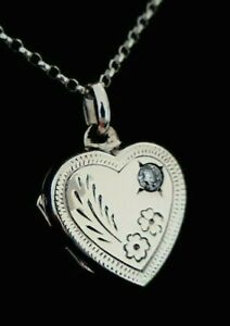 Ladies 925 Sterling Silver Simulated Diamond Love Heart Locket Necklace Chain
