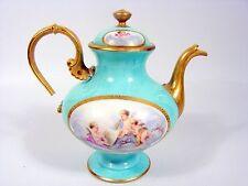 Ancienne Theiere porcelaine fine Paris 19 siècle Decor Peint Puttis A restaurer