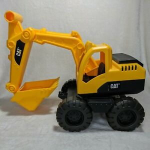 """Caterpillar Excavator Tough Tracks Plastic Sand Box Toy CAT 21"""" Fully Extended"""