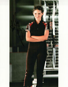 Isabelle Fuhrman The Hunger Games autographed photo signed 8x10 #2 Clove