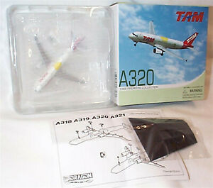 Airbus A320 Tam Dragon wings New in Box