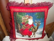 Christmas pillow with lace edges