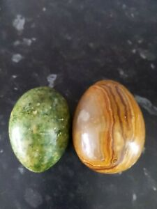 Lovely Pair of Cream/Green 6cm Brown 7cm Marble Onyx Eggs.
