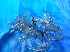 Plats d'étain - flat tin - zinnfiguren : 5 dragons ou cuirassiers guerre de 1870