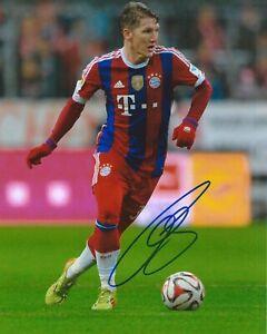 Bastian Schweinsteiger Signed 8x10 Photo FC Bayern Munich Autographed COA D