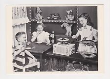 RCA VICTOR c.1954 Publicity Photograph Record Player Advertisment Postcard A71
