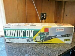 Galoob 1749 Movin On RC Tractor Trailer Truck Made In Japan 1970's ORIG BOX