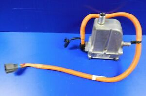 2016-2020 Tesla Model X Battery Electric Heater Coolant Fits 1048941-00-C CLEAN
