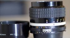 NIKON NIKKOR 85mm F/2 AI-S with lens hood HS-10