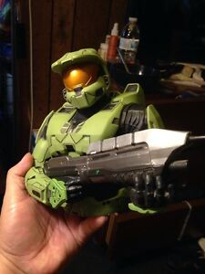 Diamond Select Halo: Spartan Mark VI Bust Coin Bank Rare Super Detailed