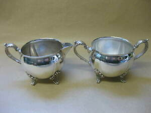 Vintage Footed Milk Jug & Sugar Bowl ~ Silver Plated ~ Viners of Sheffield