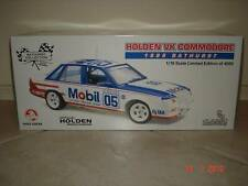 1:18 Classic Peter Brock Mobil HDT VK Group A 05 1985 Bathurst 1000
