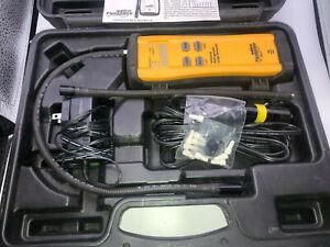 Fieldpiece SRL2K7 IR Refrigerant Leak Detector with Accessories and case!
