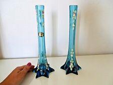 Paire de vase  soliflore en verre bleues émaillées en relief ,bohème /Tcheque