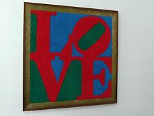 LOVE de Robert INDIANA tapis en laine cardée main 74 cm x 75 cm pop art encadré
