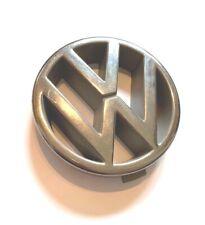 VW VOLKSWAGEN POLO MK2 FRONT GRILLE GRILL BADGE EMBLEM LOGO 867853601