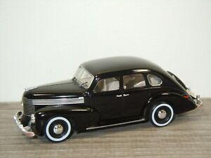 Opel Kapitan - Opel Collection 1:43 *49922