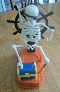Rattle Me Bones Ideal Pirate Skeleton Board Game Replacement Parts