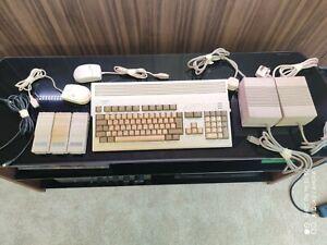 Commodore Amiga 1200 A1200 vintage Games computer retro pc collectors