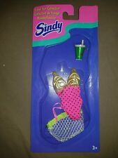 Hasbro 1996 Sindy Doll Travel Fun Collection Outfit Set #18586/18585