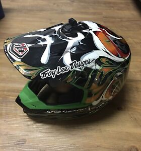 troy lee designs helmet SE-2 Green Kabuki Size Small