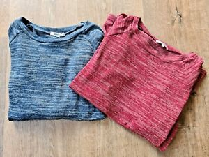 x2 Valleygirl Knit Style Tops - Size Small - Stretchy