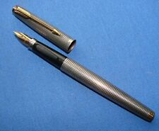 *VERY NICE VINTAGE PARKER FOUNTAIN PEN w/STERLING SILVER BODY & 14K GOLD NIB*