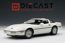 AUTOART 71243 CHEVROLET CORVETTE 1986 - WHITE 1:18TH SCALE