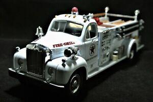 MINT First 1st Gear Mack 1960 B-Model Pumper Texaco Fire Chief 19-2250