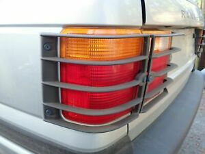 1995 - 1999 RANGE ROVER Driver Left Quarter Panel Mounted TailLight lamp oem