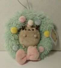 Gund Pusheen 4.5 Inch Wreath Ornament  Christmas Plush Cat Toy Holiday