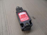 Interruptor Seguridad NZ1RL-528 VDE0660 230V 6A 24V