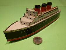 TIN PLATE PASSENGER SHIP QUEEN MARY - BLACK WHITE - EXTREMELY RARE - GOOD